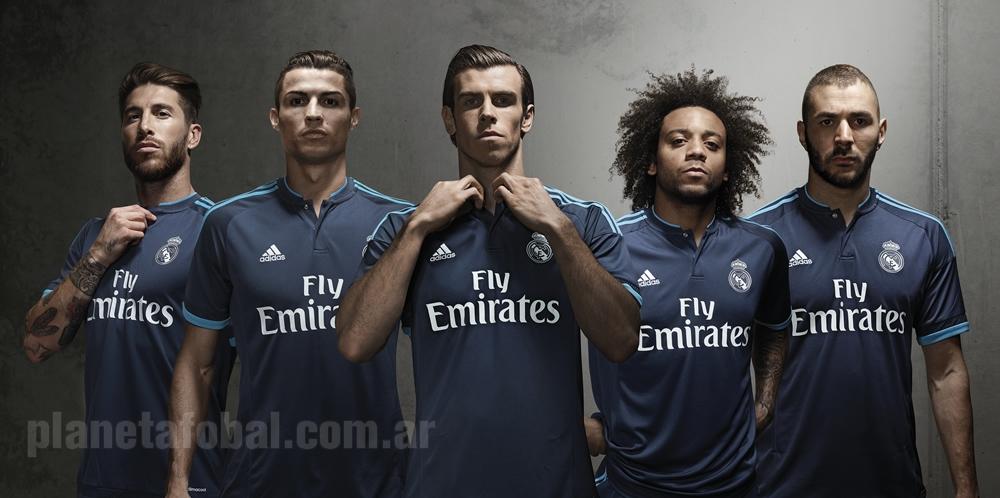 Jugadores del Real Madrid lucen la casaca | Foto Adidas