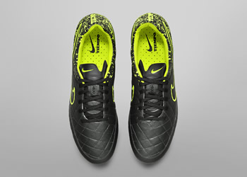 Botines Tiempo Legend V del Electro Flare Pack | Foto Nike