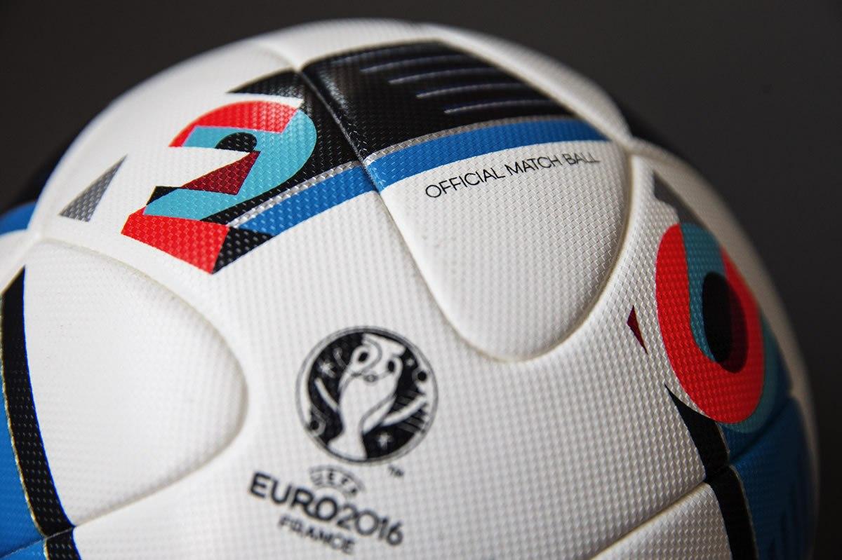 """Beau Jeu"""" la pelota oficial Adidas de la Eurocopa Francia 2016 da94c015ac84e"""