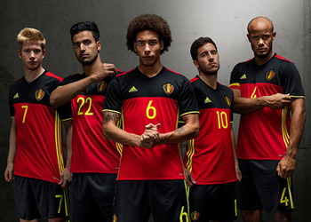 Nueva camiseta titular de Bélgica | Foto Adidas