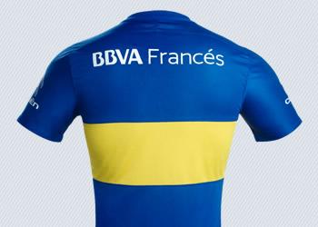 Camiseta titular de Boca   Foto Web Oficial