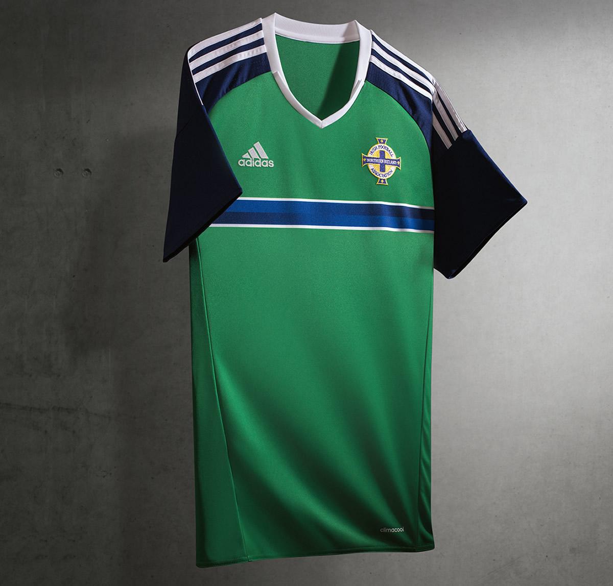 Camiseta titular de Irlanda del Norte para la Euro 2016   Foto Adidas