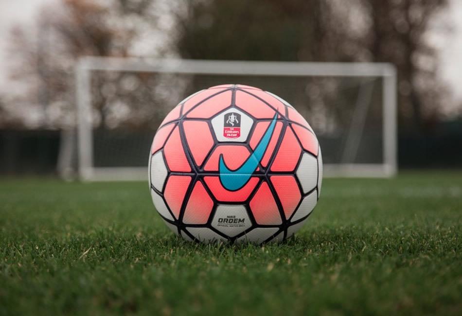 Así luce el balón oficial de la FA Cup 2015/2016 | Foto Nike