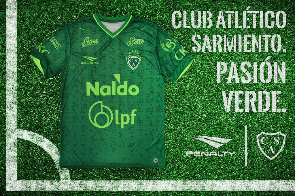 Camiseta titular de Sarmiento | Foto Penalty