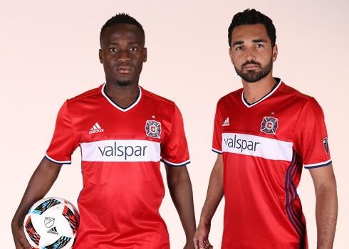 Nueva camiseta titular Adidas de Chicago Fire | Foto Tienda Oficial