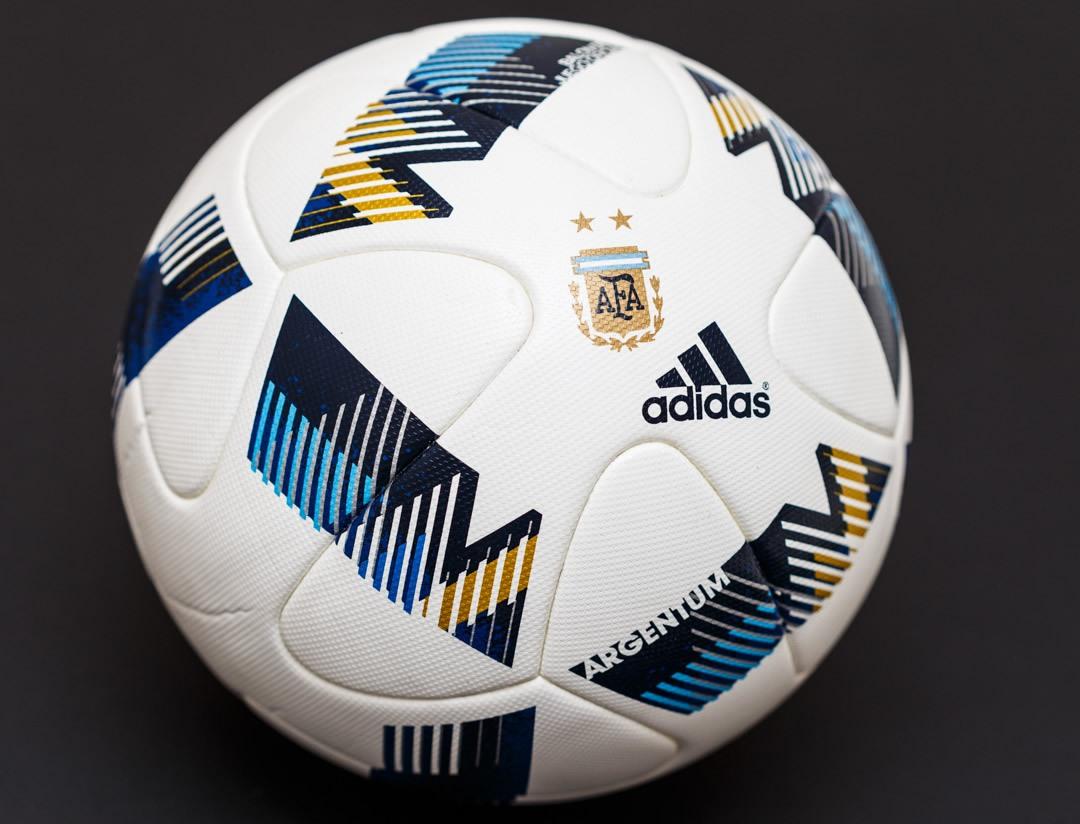e2465beb7b6fd Balón oficial Adidas Argentum de AFA para 2016