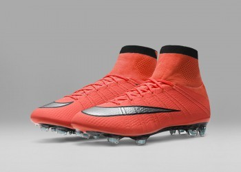 Botines Mercurial Superfly del Metal Flash Pack | Foto Nike
