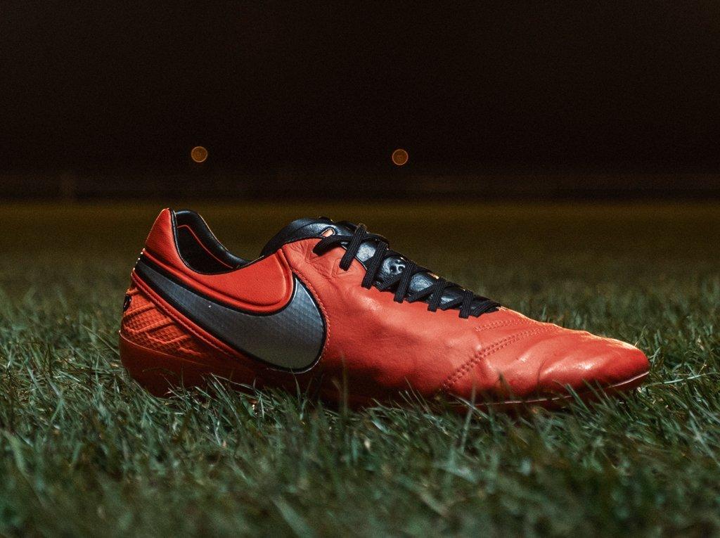 Nuevo color para los Tiemp Legend 6 | Foto Nike