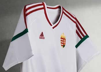 Camiseta suplente de Hungria | Foto Web Oficial