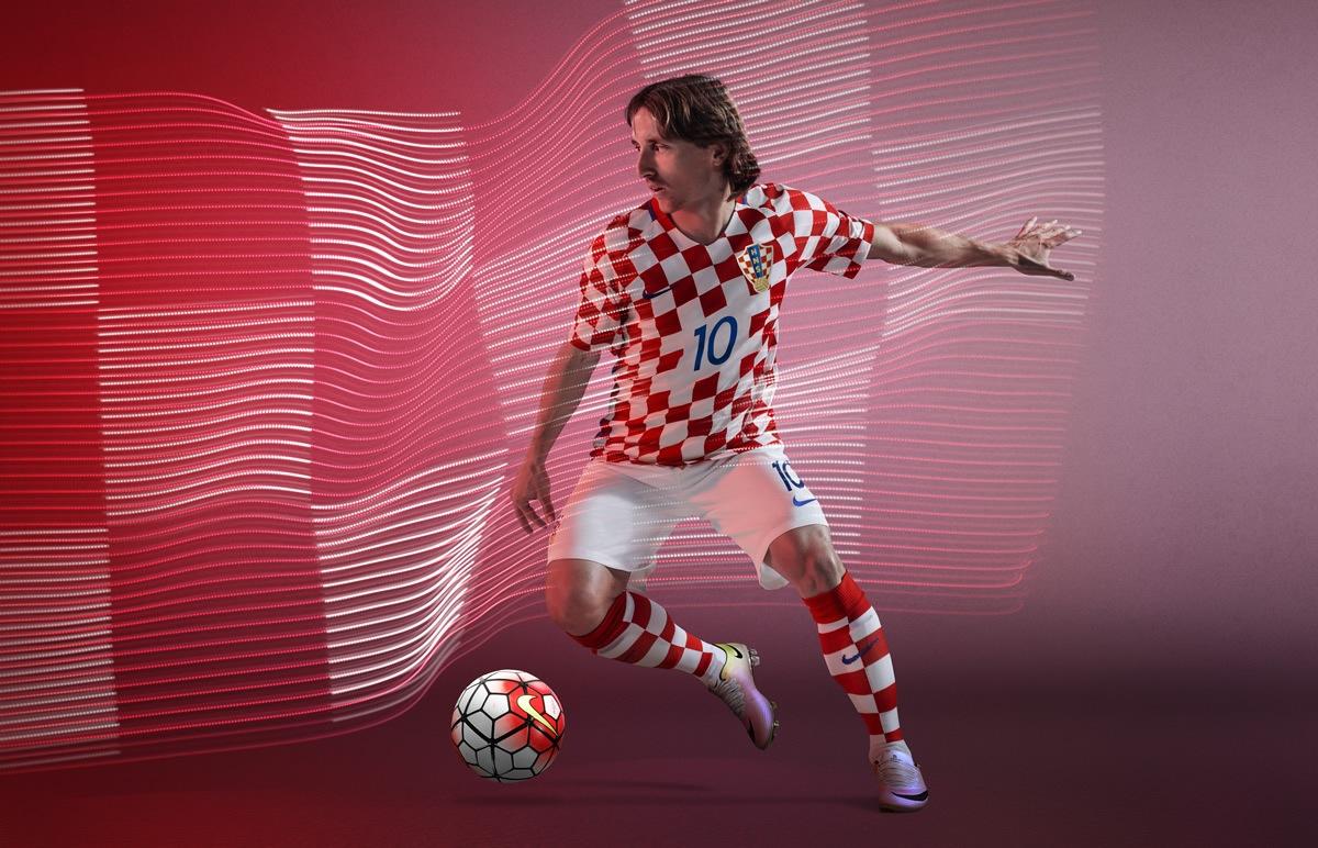 Modric con el kit titular | Foto Nike