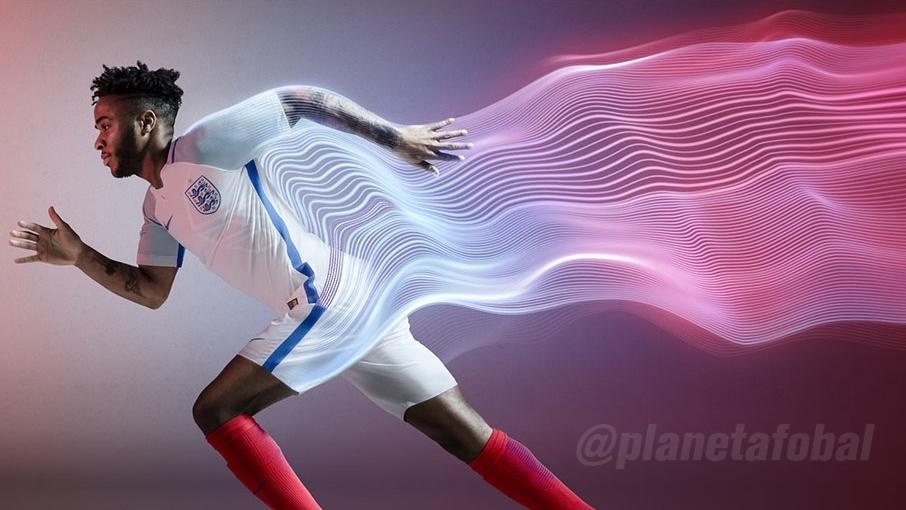 Sterling con la camiseta | Foto FA