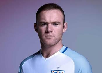 Rooney con la casaca titular | Foto Nike