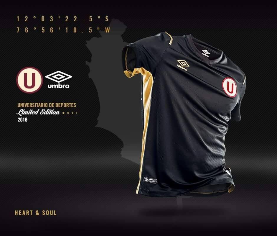 Camiseta edición limitada de Universitario   Foto Web Oficial