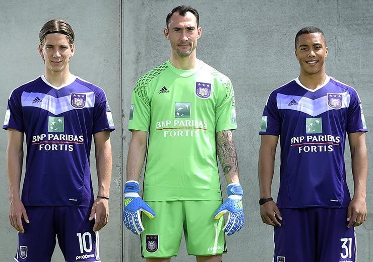 Nueva camiseta del Anderlecht | Foto Web Oficial