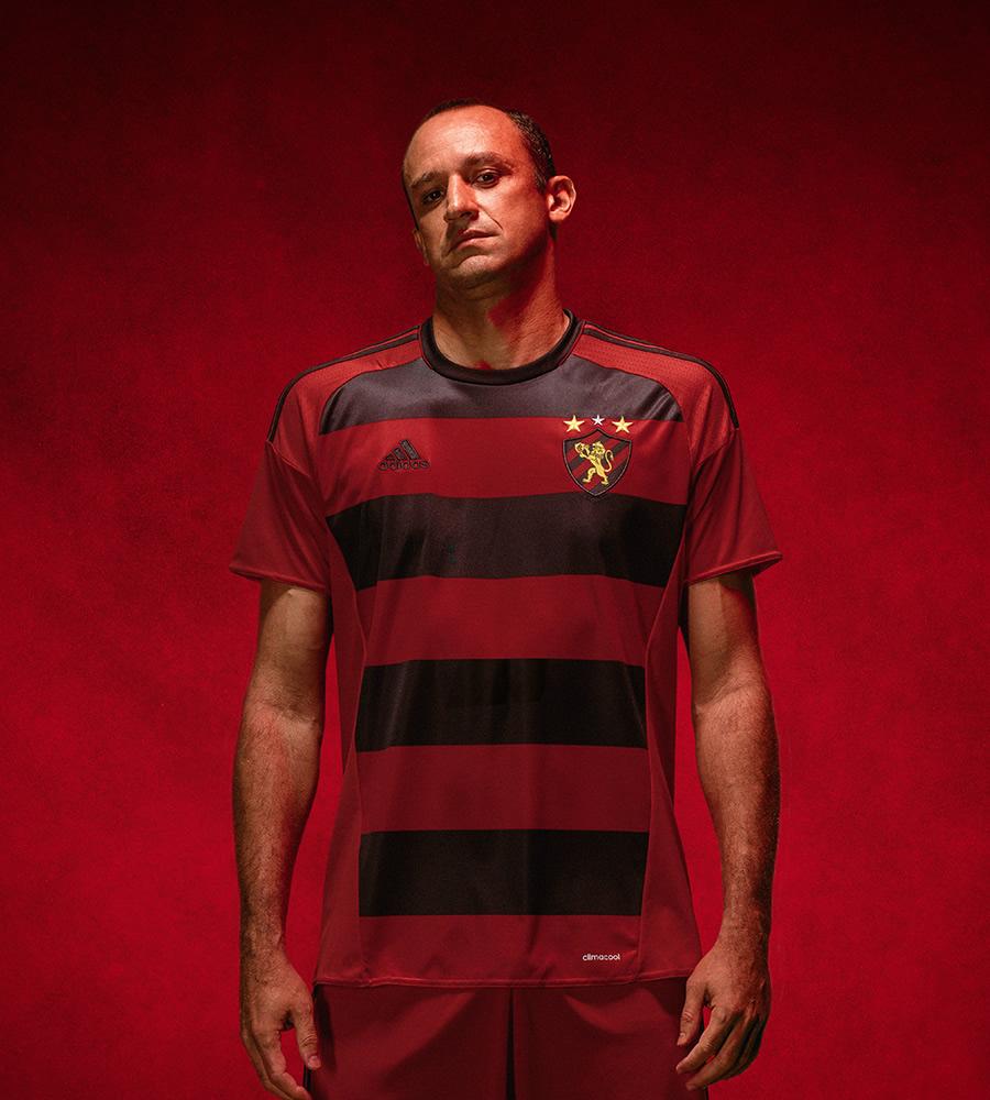 El arquero Magrao con la nueva indumentaria del Sport Recife | Foto Adidas