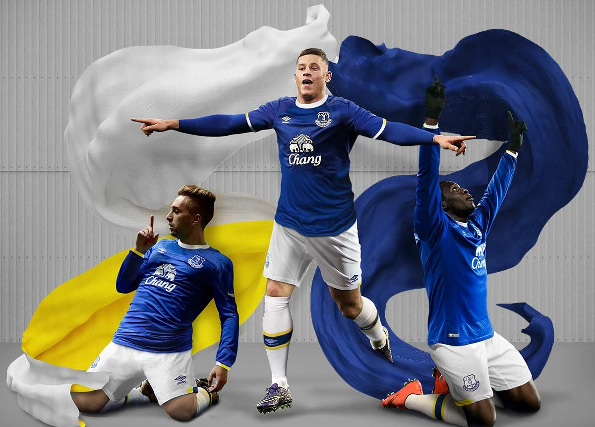 Camiseta titular del Everton   Foto Web Oficial