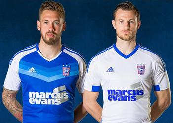 Nuevas camisetas del Ipswich Town | Foto Web Oficial