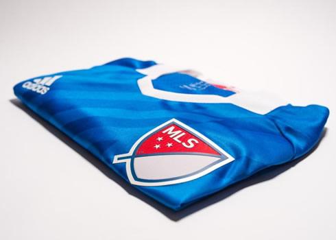 Camiseta para el equipo de las estrellas de la MLS   Foto Adidas
