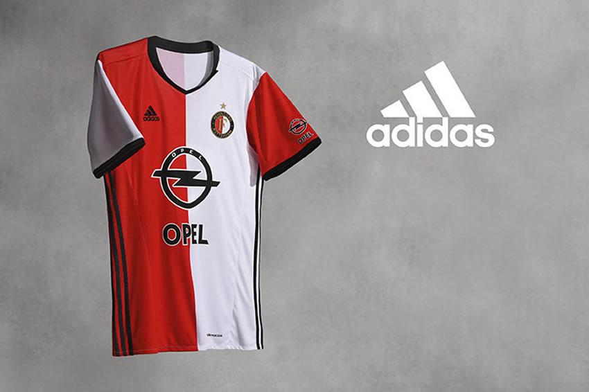 Nueva camiseta del Feyenoord | Foto Web Oficial