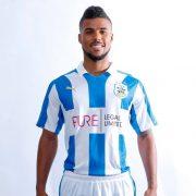 Camiseta titular del Huddersfield Town | Foto Web Oficial