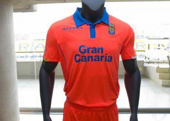 Camiseta suplente Acerbis de UD Las Palmas | Foto web oficial