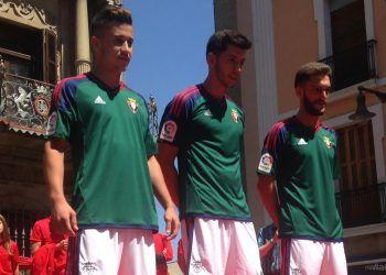 Camiseta suplente Adidas del CA Osasuna | Foto Twitter oficial