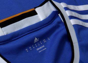 Camiseta suplente Adidas de la Juventus de Italia para 2016/2017 | Imagen Tienda Oficial