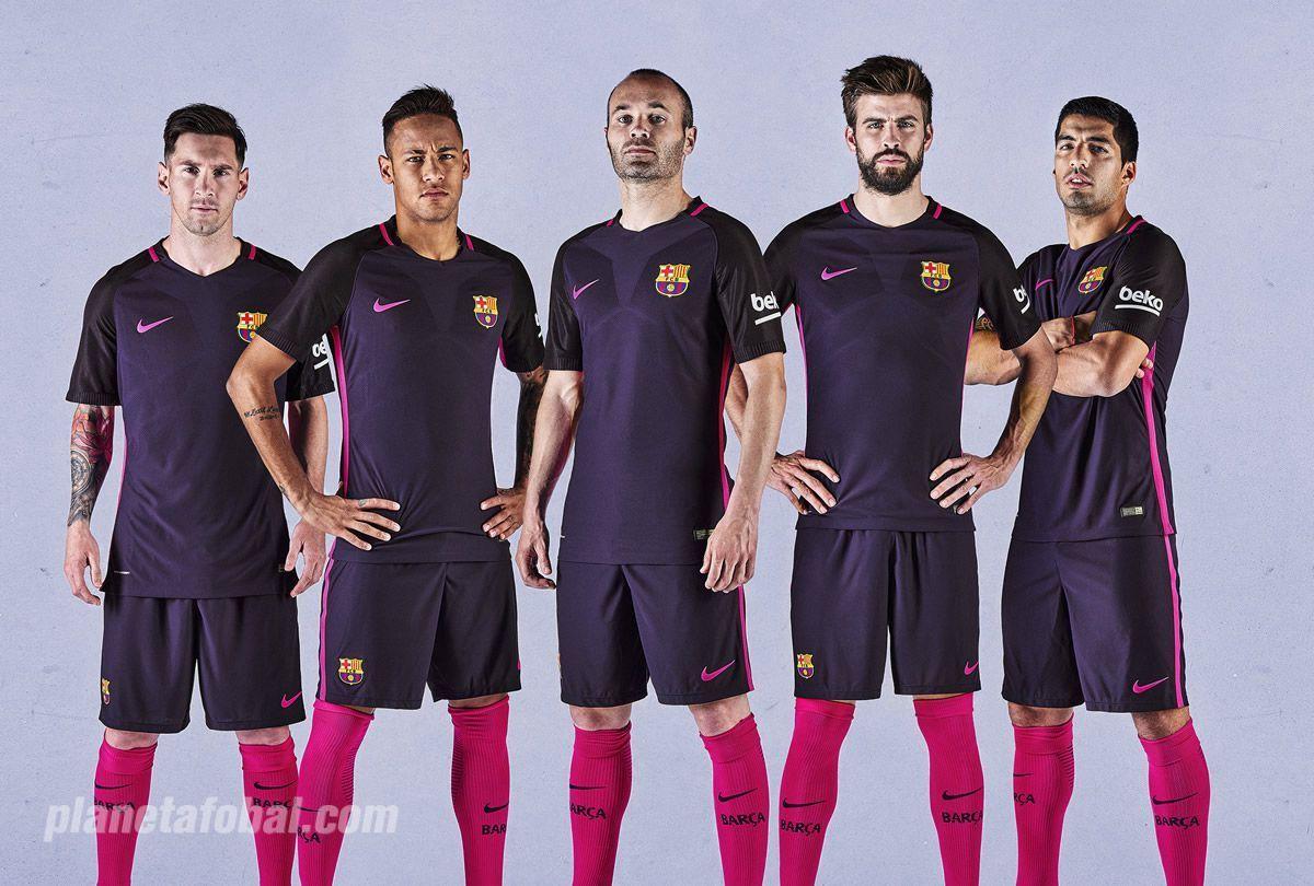 Nueva camiseta suplente del FC Barcelona para 2016/2017 | Foto Nike