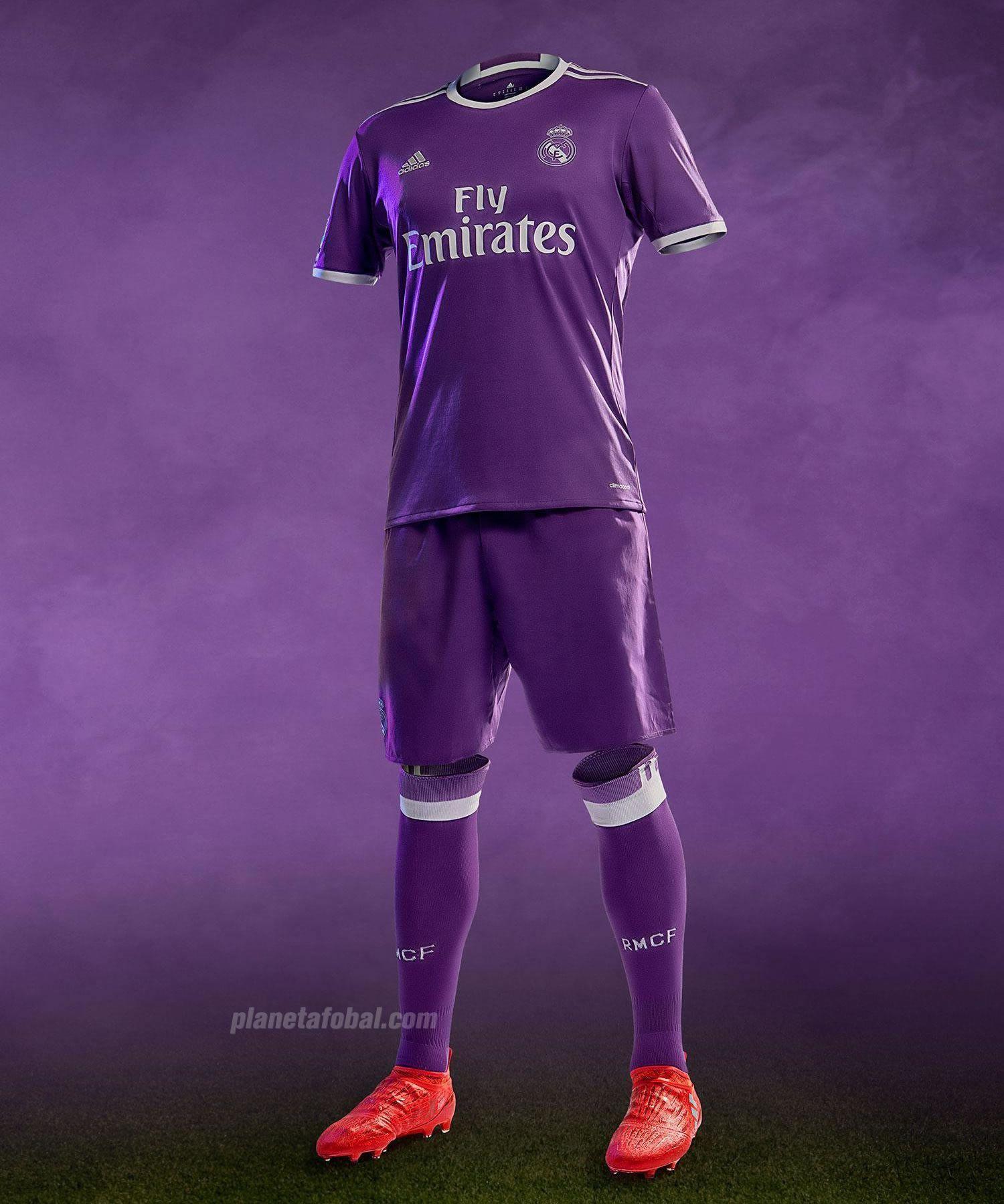 Nueva camiseta suplente Adidas del Real Madrid | Foto web oficial
