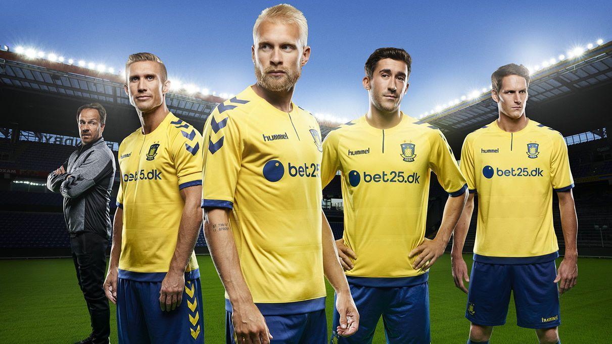 Camiseta titular Hummel del Brøndby IF de Dinamarca para 2016/2017 | Foto Web Oficial