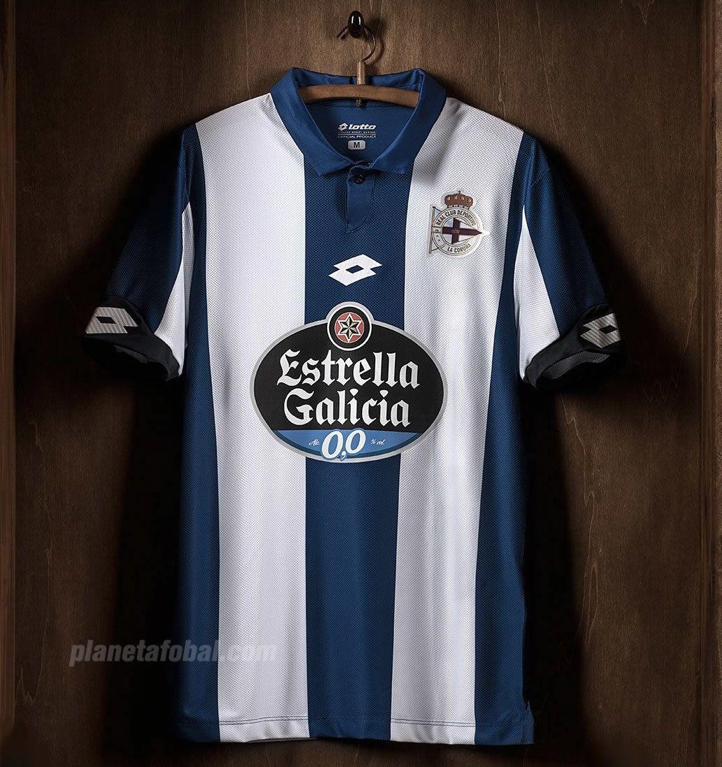 Nueva camiseta Lotto del Deportivo La Coruña | Foto Twitter oficial