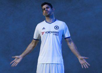 Diego Costa con la nueva camiseta alternativa del Chelsea para 2016/2017 | Foto Adidas
