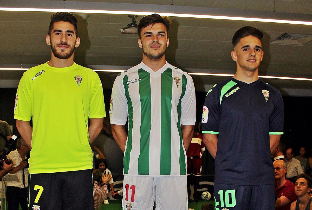 Nuevas casacas del Córdoba CF   Foto Twitter Oficial