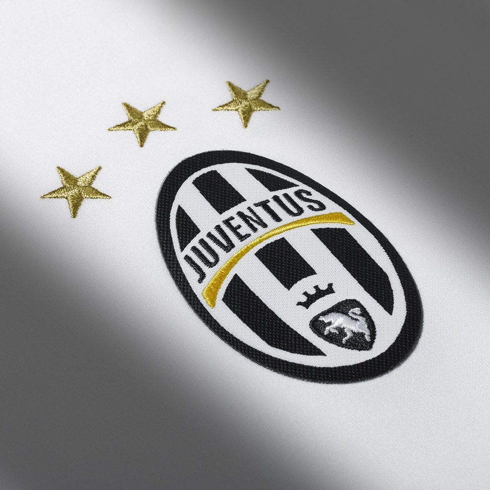 Tercera camiseta Adidas de la Juventus 2016/2017 | Planeta  of Tercera division de inglaterra