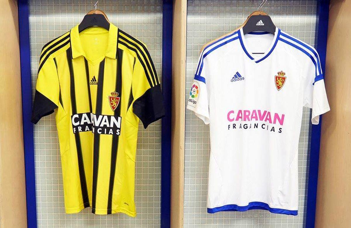 Nuevas casacas del Zaragoza | Foto Twitter Oficial