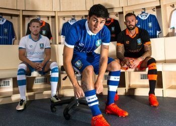 Nuevas camisetas del Sheffield Wednesday | Foto Web Oficial
