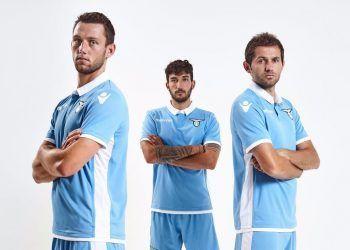 Nueva casaca de la Lazio   Foto Web Oficial