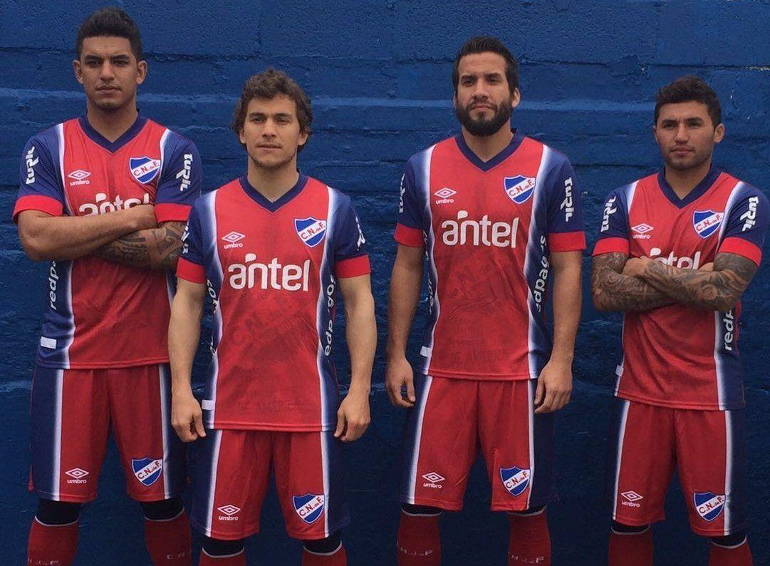 Nueva camiseta de Nacional | Foto Umbro