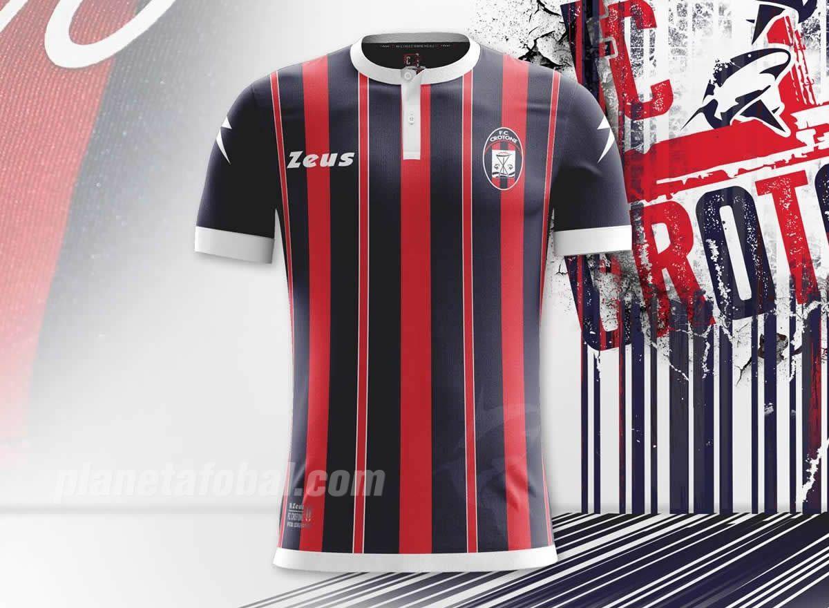 Camiseta titular del FC Crotone | Foto Zeus Sport