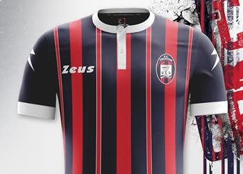 Camisetas del FC Crotone | Foto Zeus Sport