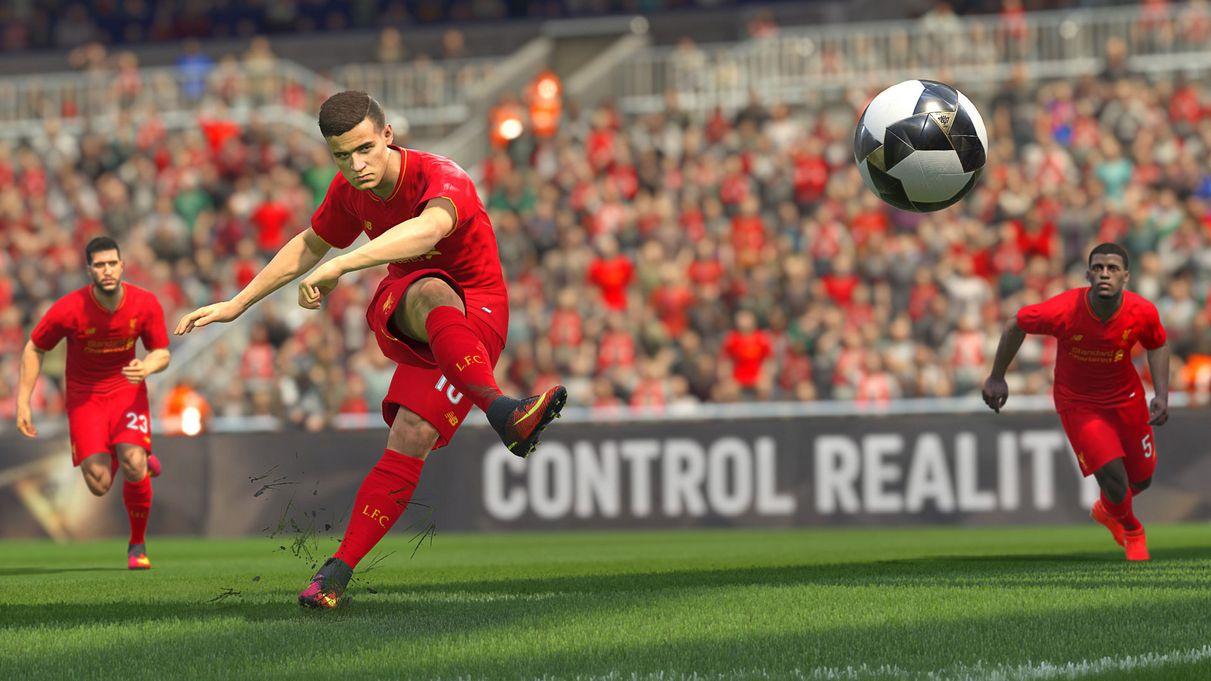 Liverpool estará licenciado en el PES2017 | Foto Konami