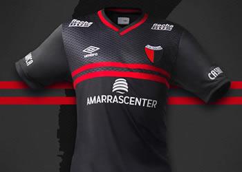 Nueva camiseta de Colón | Foto Umbro