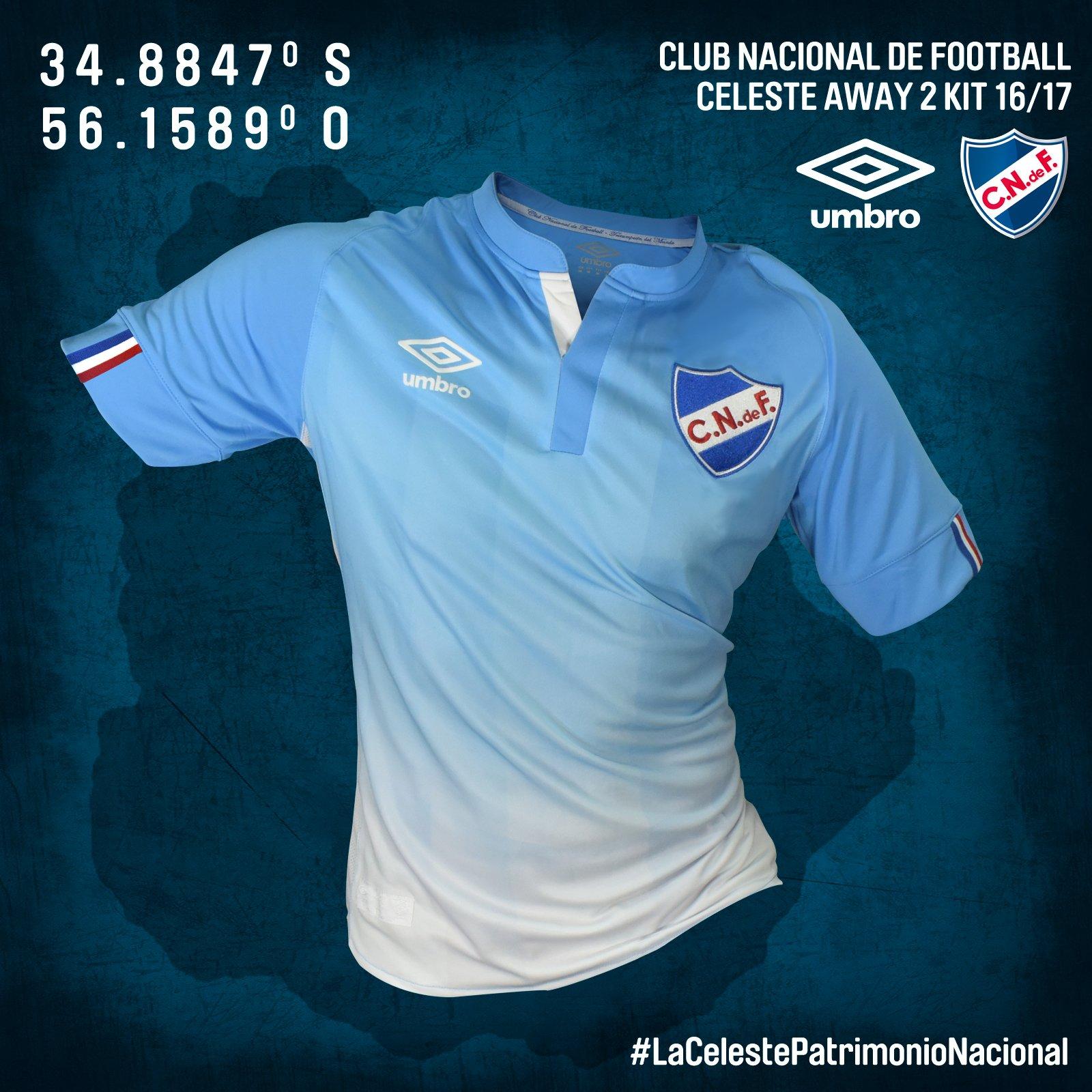 Nueva camiseta celeste de Nacional | Foto Umbro