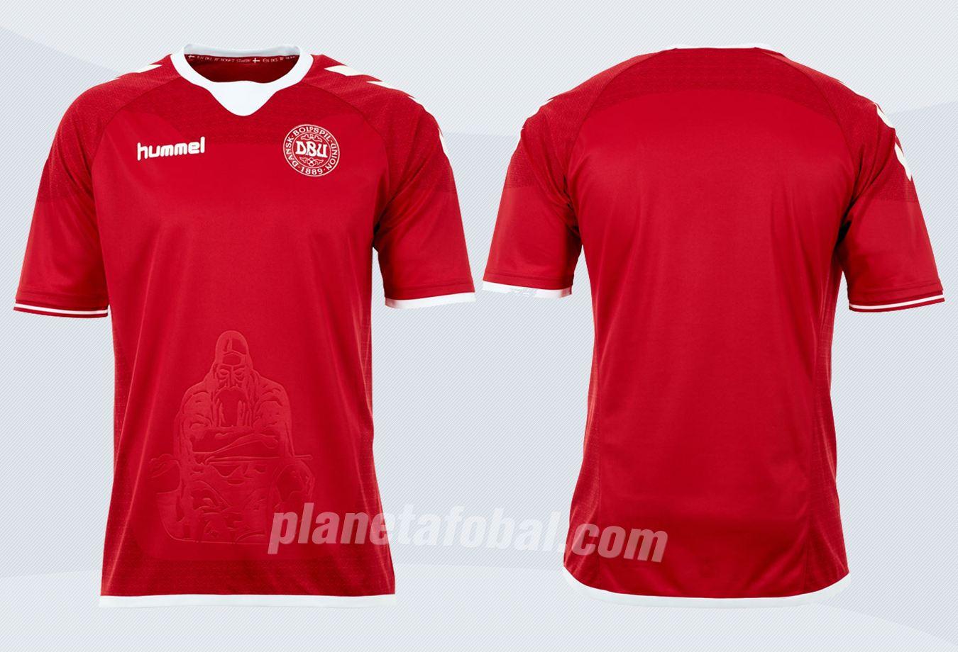 Camiseta titular de Dinamarca | Imágenes Hummel