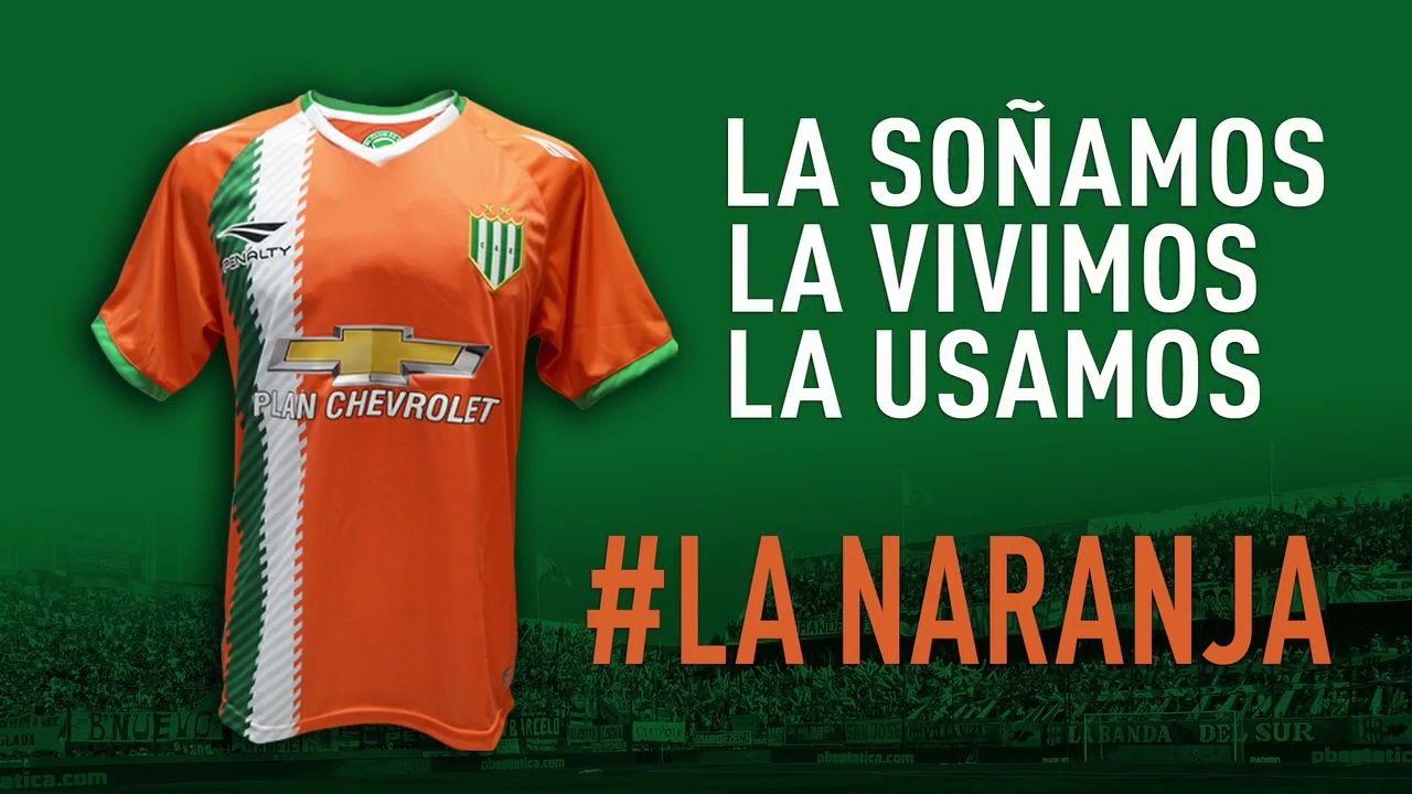 Nueva camiseta naranja de Banfield | Foto Web Oficial
