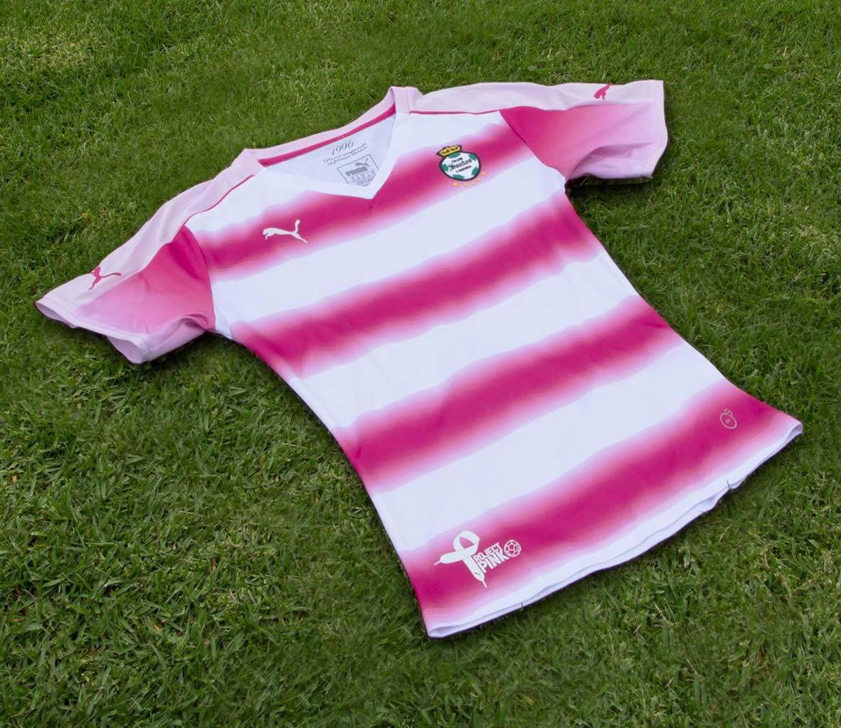 Casaca rosa del Club Santos Laguna | Foto Puma