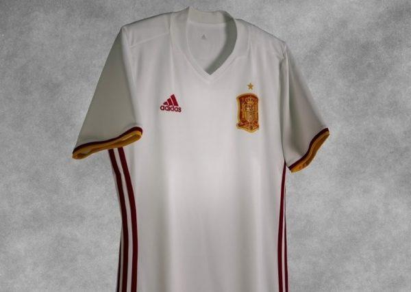 Nueva camiseta de España | Foto Goal