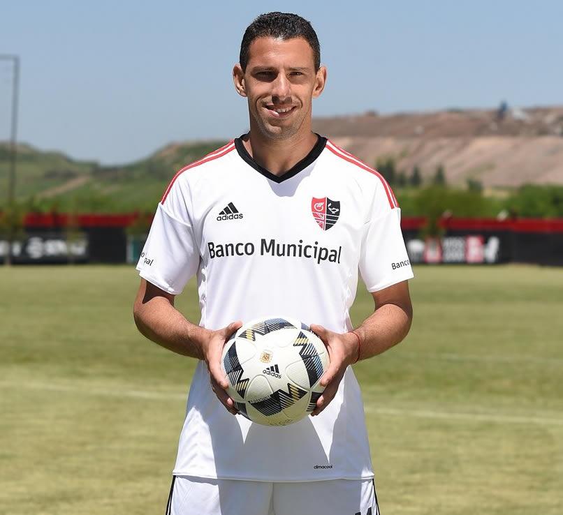 Maxi Rodriguez con la casaca | Foto Adidas