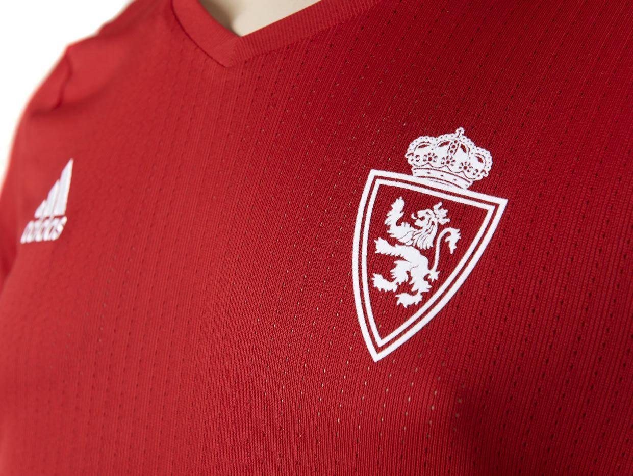 Nueva camisesta del Real Zaragoza | Foto Twitter Oficial