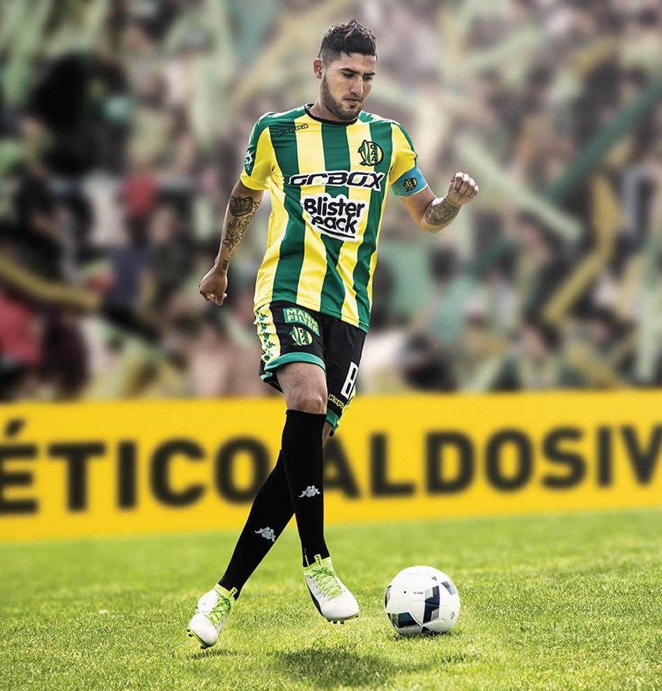 Nueva camiseta titular de Aldosivi | Foto Facebook Oficial